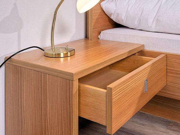 Modern - Linea - Bettdetail - Wiesner Tischlermöbel