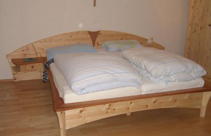 Schlafzimmer Bett - Wiesner Tischlermöbel