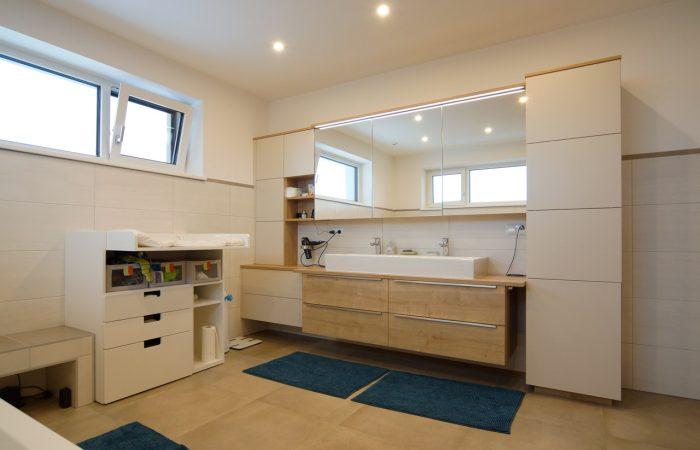 Badezimmer - Wiesner Tischlermöbel